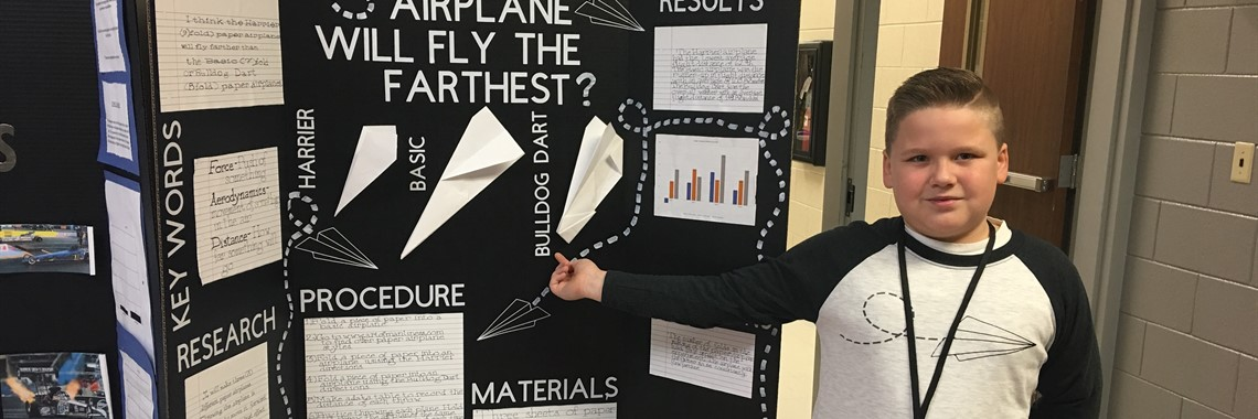 A student from Oakview Elementary participates in the 2018 ACTC-FIVCO Science Fair.