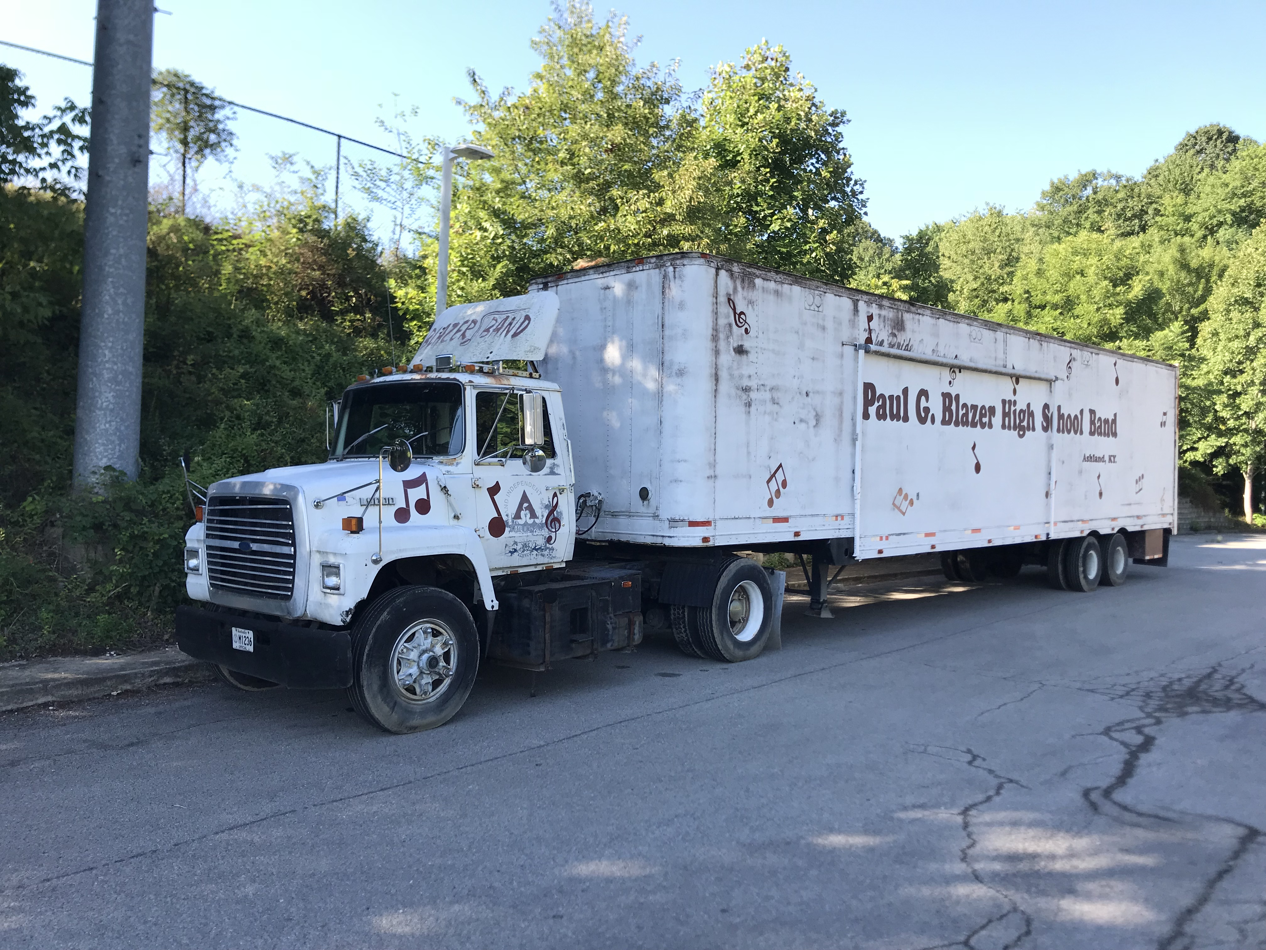 1990 Ford LN9000 Tractor Trailer